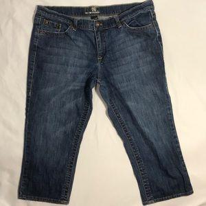 New York & Co. Capri Jeans